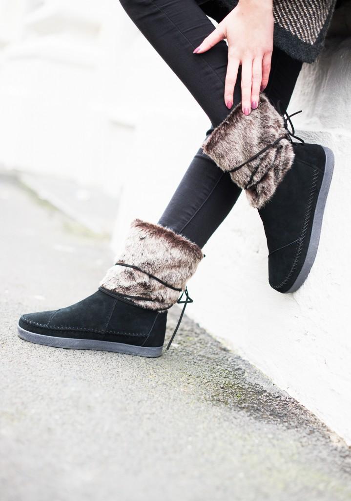 toms_tomsshoes_toms schuhe_toms nepal_fellschuhe_winterlook_modeblog aus kassel_kiamisu_fell boots_detail