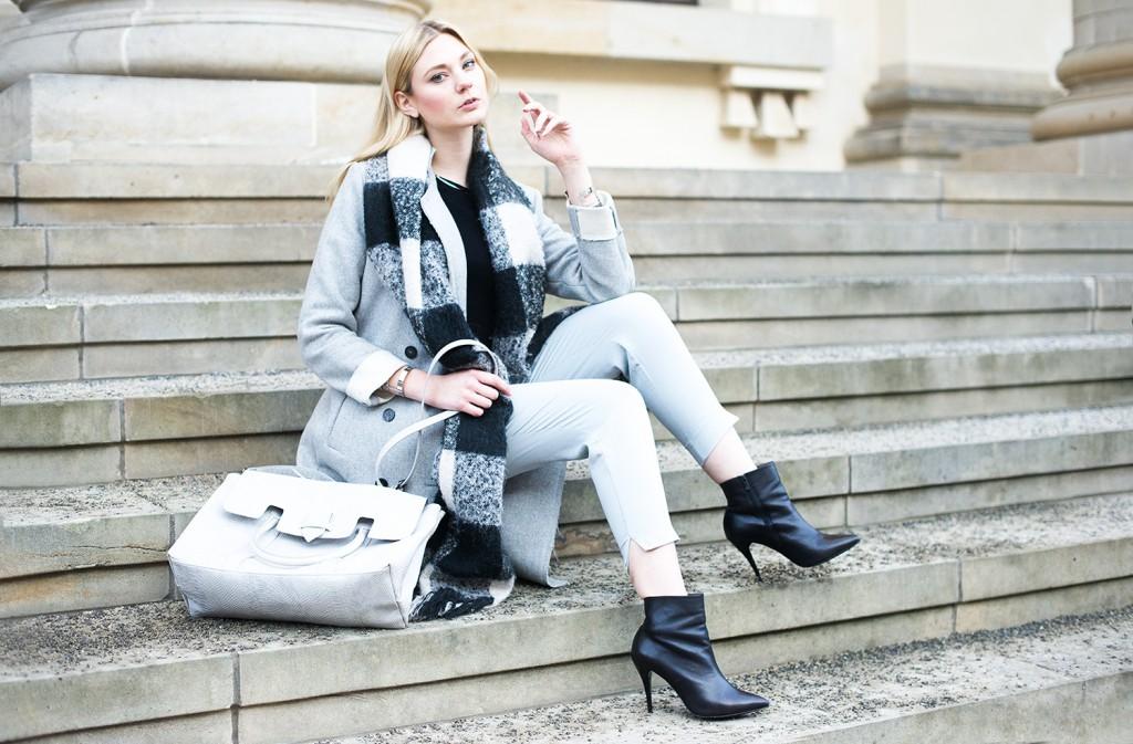 riverisland hose grau_mantel vila grau_fashionweek 2016 januar berlin_fashionblog deutschland_details_peter kaiser heels