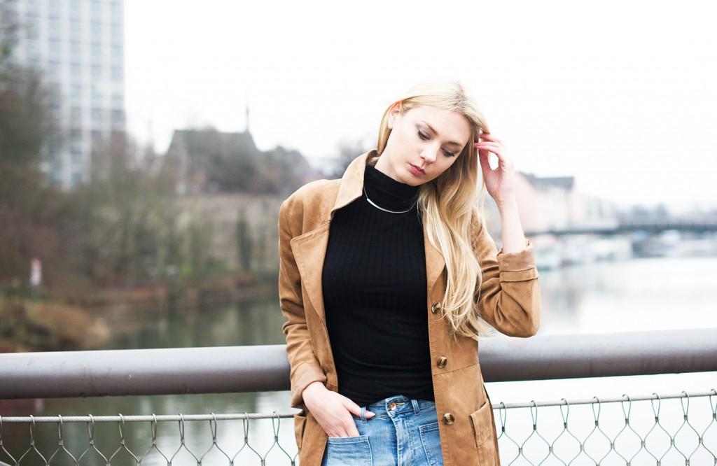 sonntagspost_Kiamisu_kim ahrens_wildledermantel hm_schlaghose_flared jeans hm_modeblog aus kassel_fashionblog deutschland