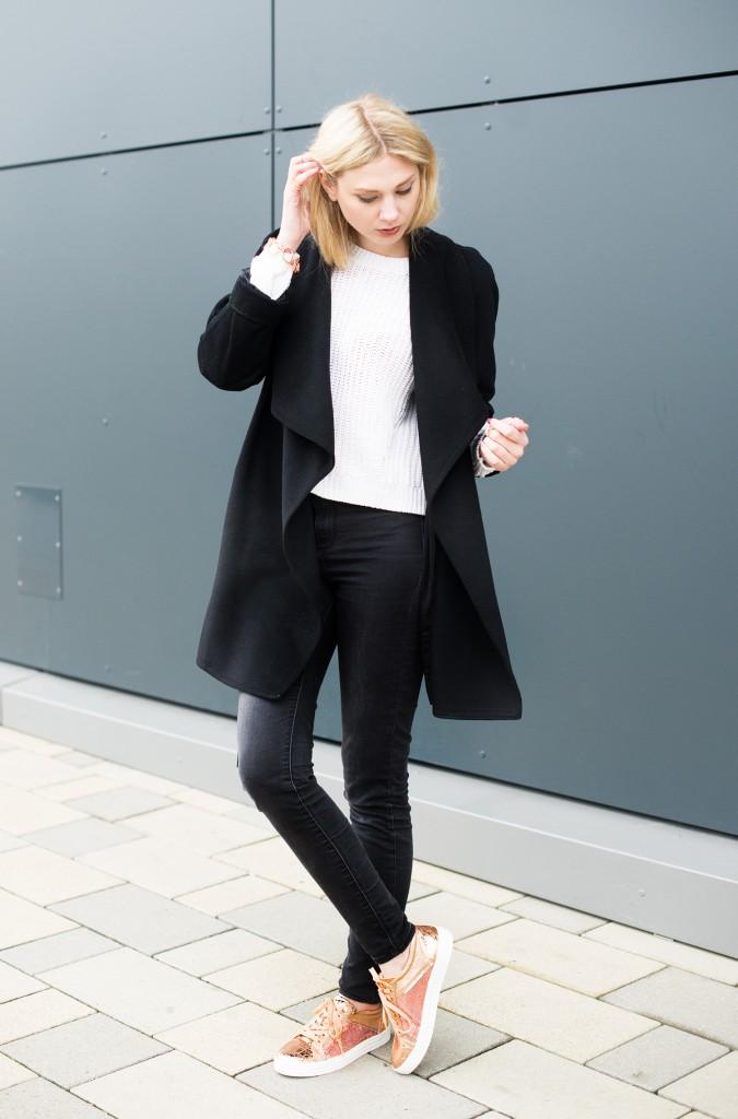 roland_schuhe_metallic_sneaker_modeblog aus kassel_kiamisu_kim ahrens_bronze_rosegold_outfit_hoch