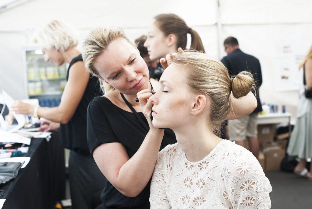 Backstage_Berliner Mode Salon_Kiamisu