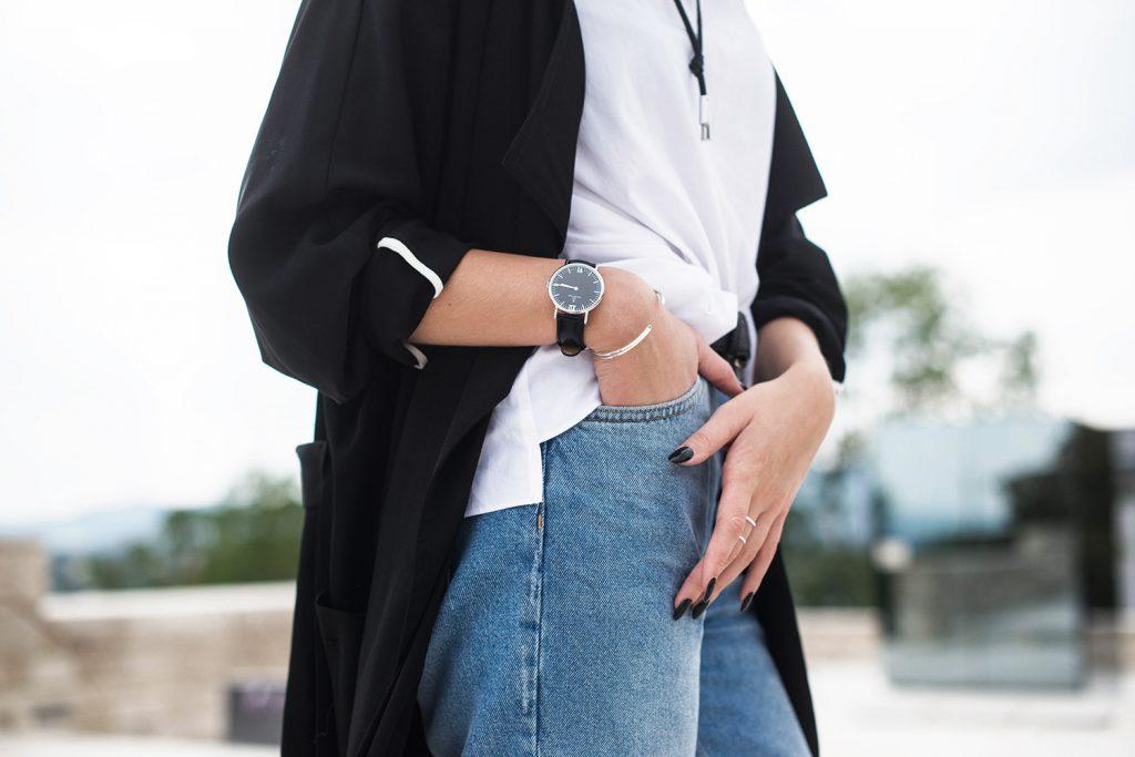 zara-mom-jeans_ankle-boots-schwarz-mango_kapten-and-son-uhr-schwarz_zara-choker-leder_kiamisu_modeblog_7