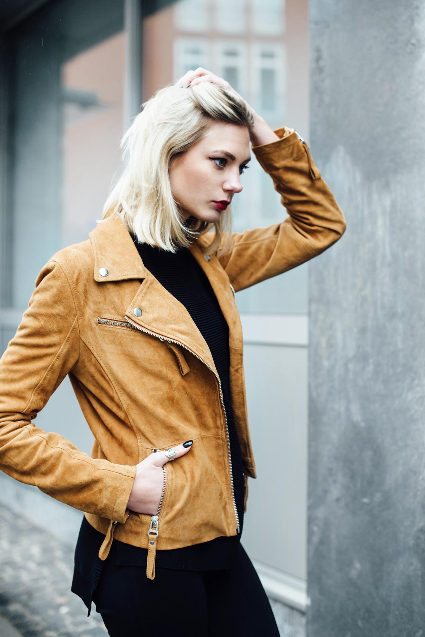 maze-lederjacke-braun_emu-australia-schuhe-lamfell_outfit_inspiration_fashionblog_modeblog_kiamisu-5