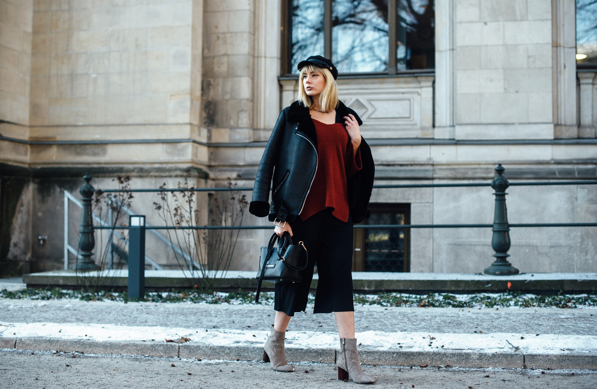 04-Kiamisu-Modeblog-Fashion Week Berlin_Shearling Jacke_Tamaris Stiefeletten_Schiebermütze-3