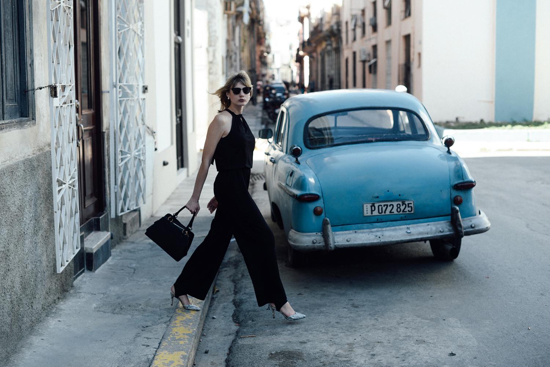 Kiamisu_Modeblog_Fashionblog_Alba Moda_Jumpsuit_Havanna_La Haban Vieja_Kuba Outfit-final6