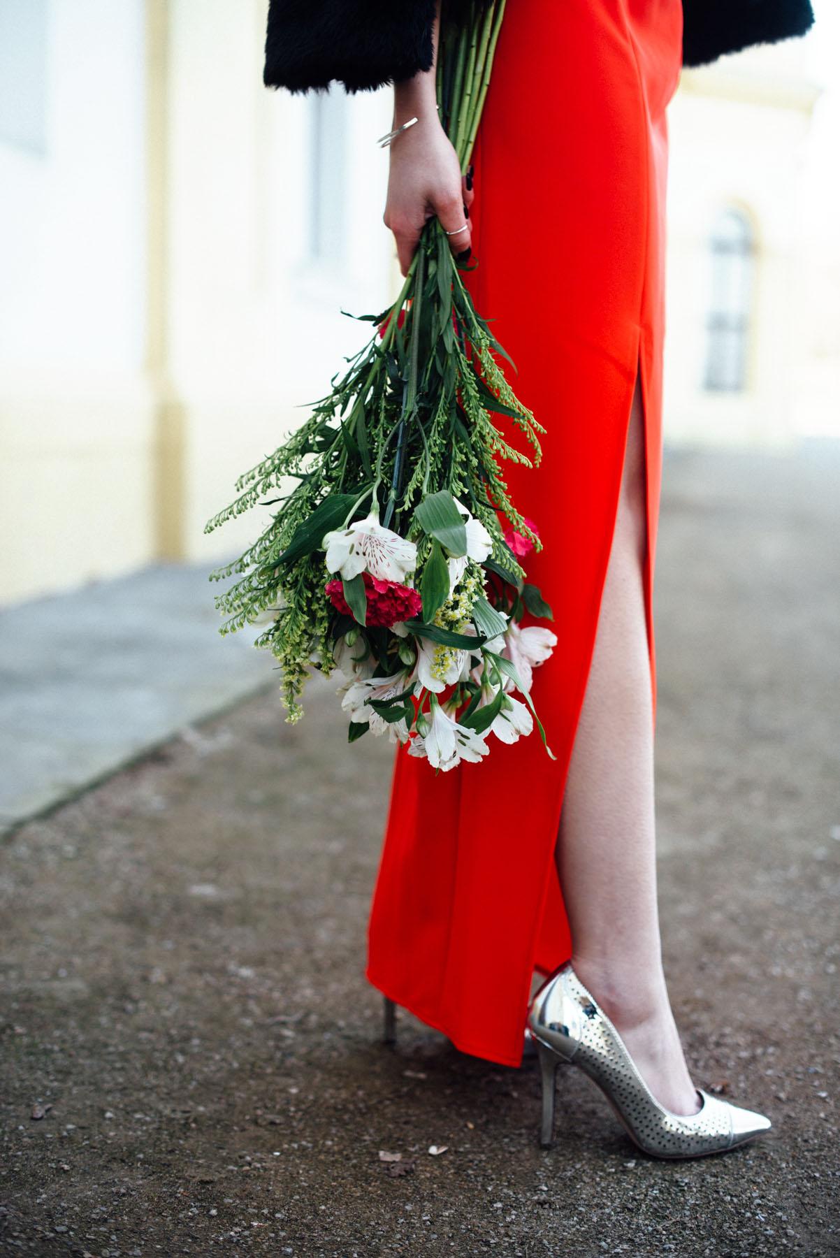 Kiamisu_Modeblog_Fashionblog_divodress_Abendkleid rot_mybloomydays_bouquet_Abendmode-final