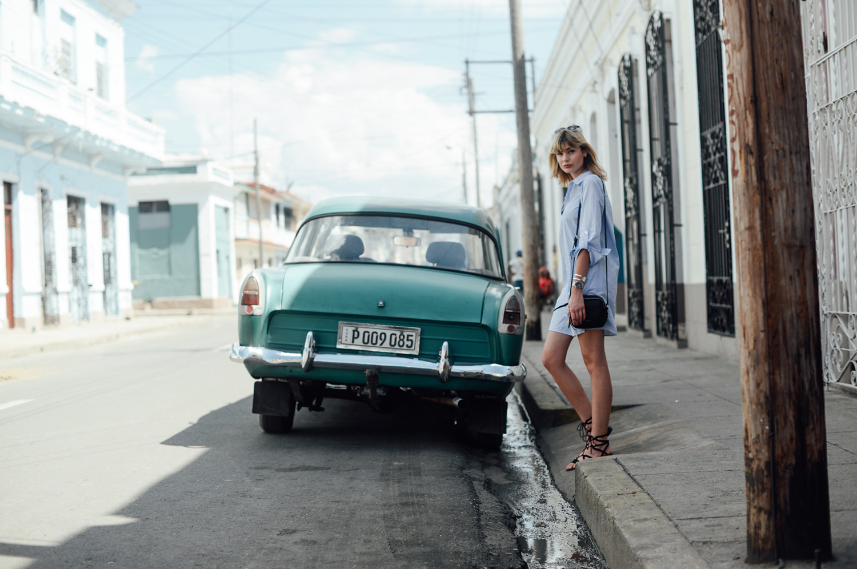 Kiamisu_Modeblog_Fashionblog_Alba Moda_Cienfuegos_Kuba Outfit Inspiration_Hemdkleid_final1