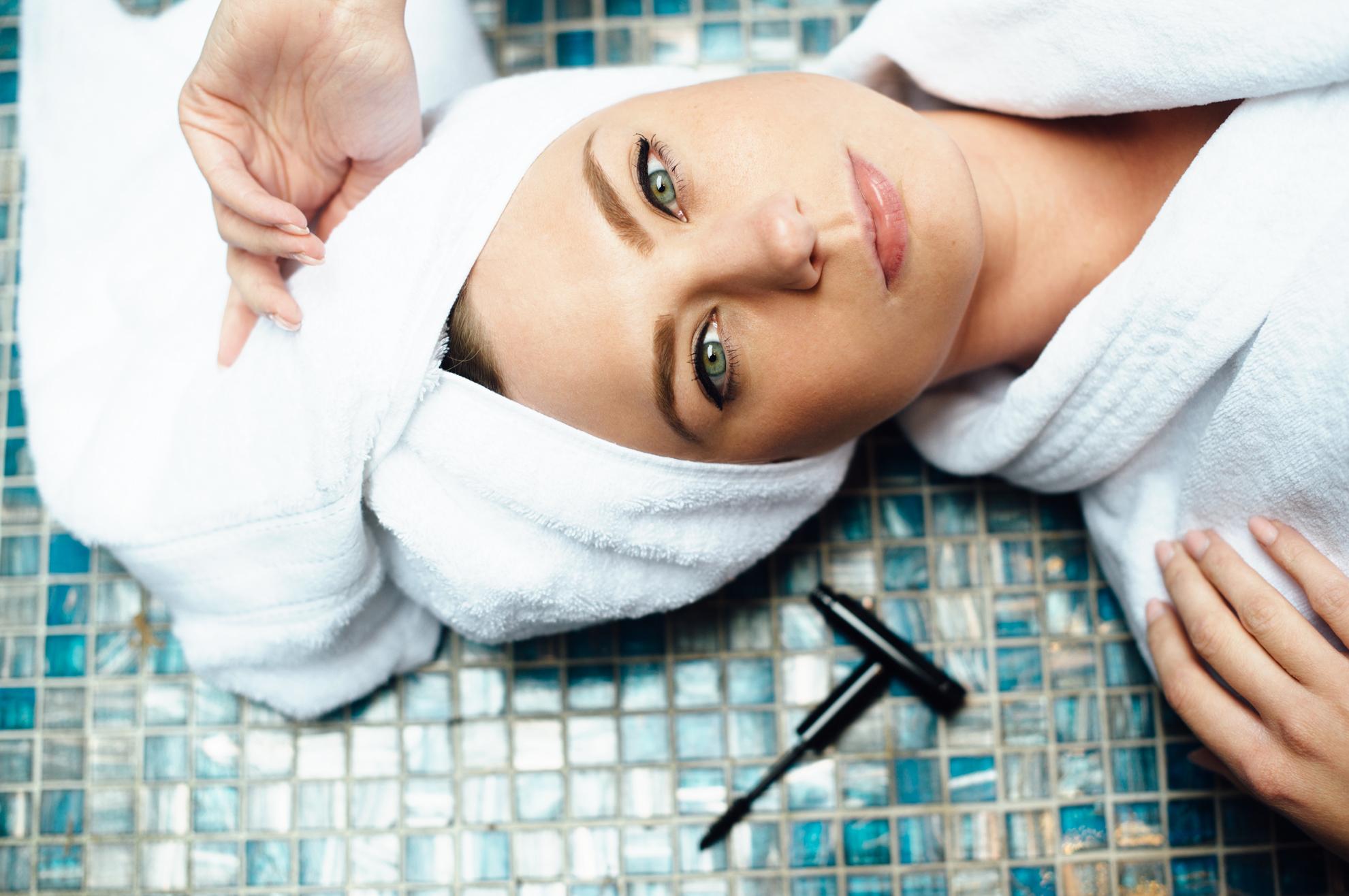 review mascara med von medipharma cosmetics im test. Black Bedroom Furniture Sets. Home Design Ideas