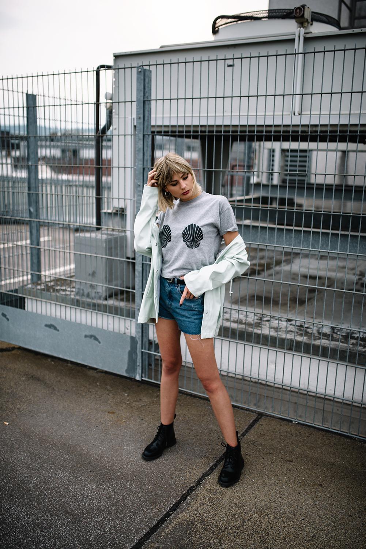 Festival Outfit Inspiration_Modeblog_Kiamisu_Edited x Glamour Kollektion_Neufundländer Fotoshooting-Final2