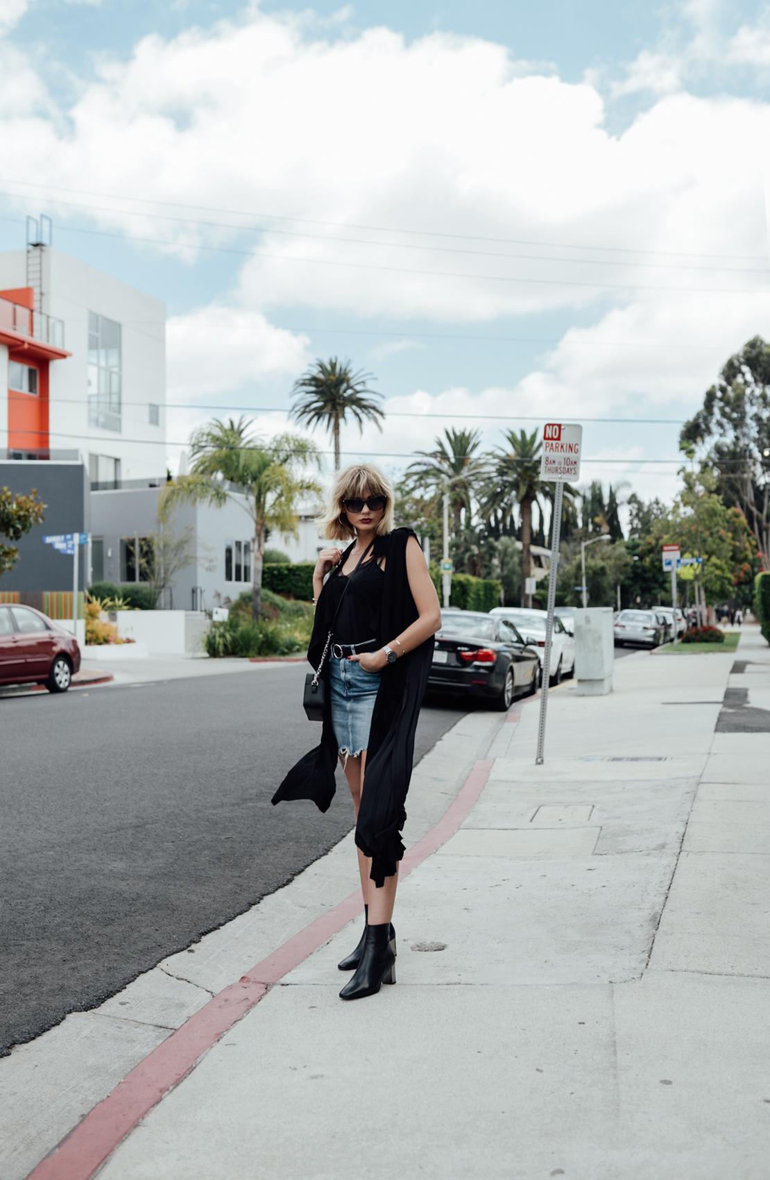 Jeansrock kombinieren_Jeansrock stylen_Streetstyle Los Angeles_Kiamisu_11