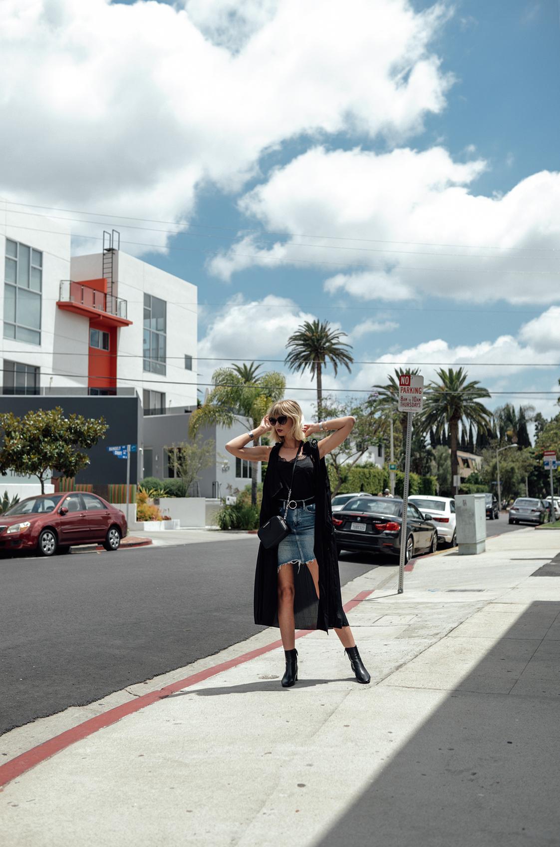 Jeansrock kombinieren_Jeansrock stylen_Streetstyle Los Angeles_Kiamisu_6