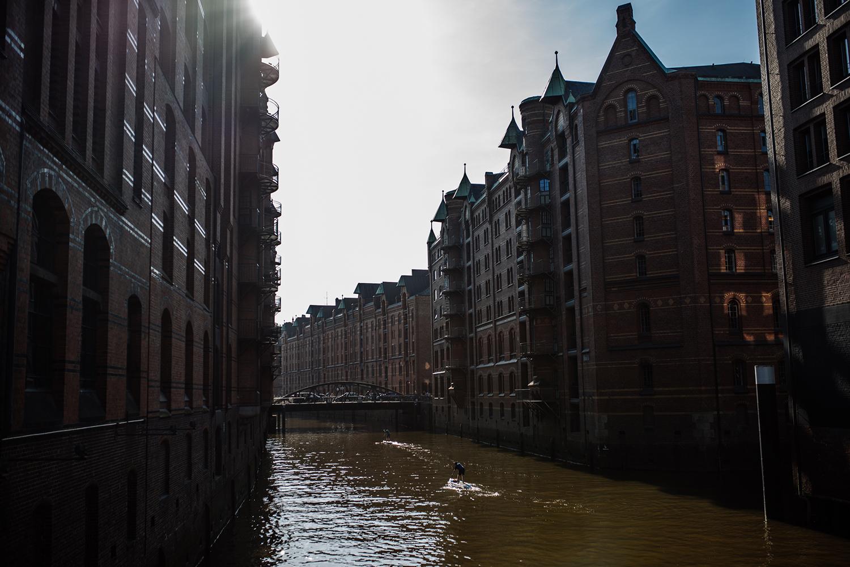 Hamburg Press Days_Pünktchen Kleid_Punkte kombinieren_Punkte Kleid Zara_Wickekleid Puntke Zara-final1